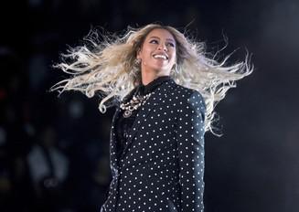 Beyoncé é a mulher mais bem paga da música em 2017, com US$ 105 milhões