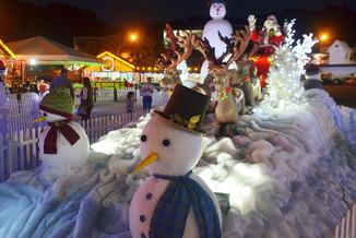 Neste sábado tem o segundo desfile do Magia de Natal