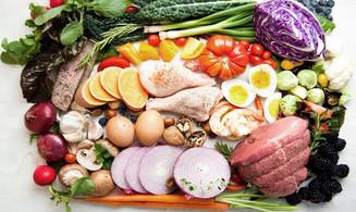 Saúde e bem viver: Na hora das refeições procure variar os alimentos
