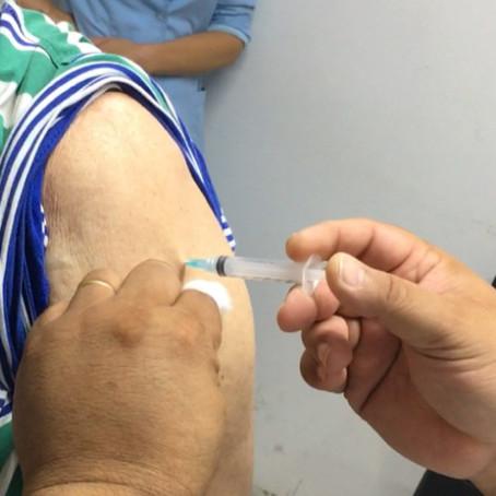 Blumenau recebe 3.500 vacinas para aplicação da segunda dose contra Covid-19