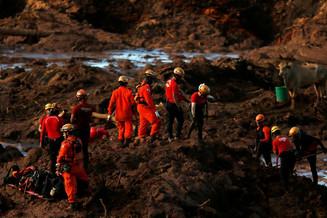 Sobe para 65 número de mortos em Brumadinho; desaparecidos somam 279