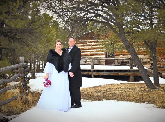 Wedding-Schoolhouse%202_edited.jpg