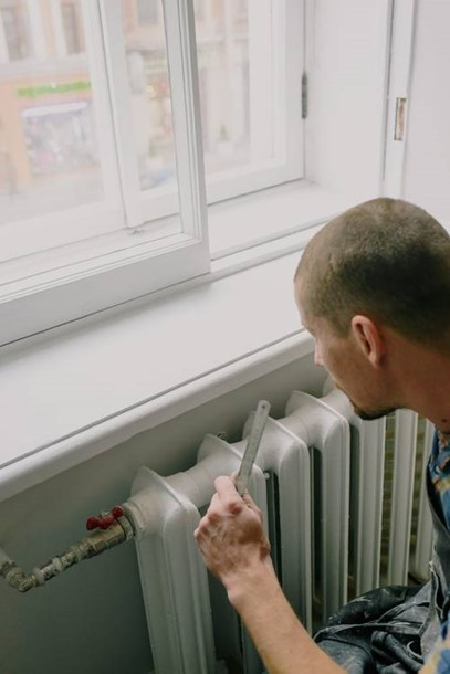 A gas engineer will do thorough inspection and tell you what's wrong