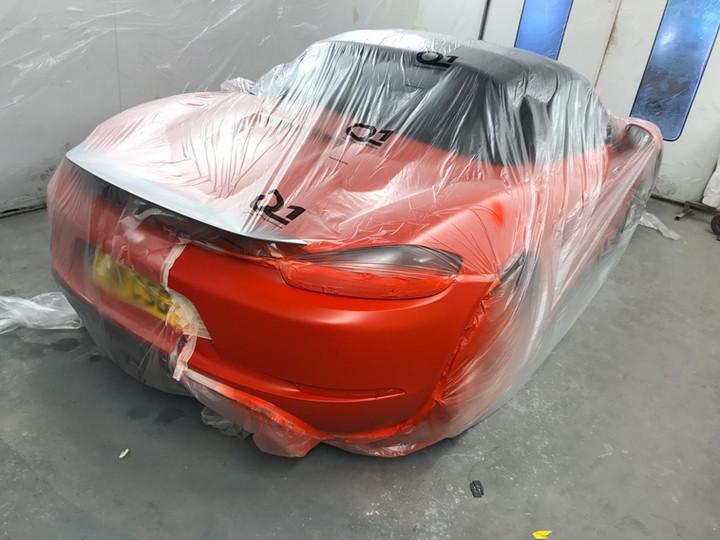 Porsche 718 with Rear Bumper Damage