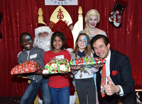 A Magical Christmas Show for 700 Underprivileged Children