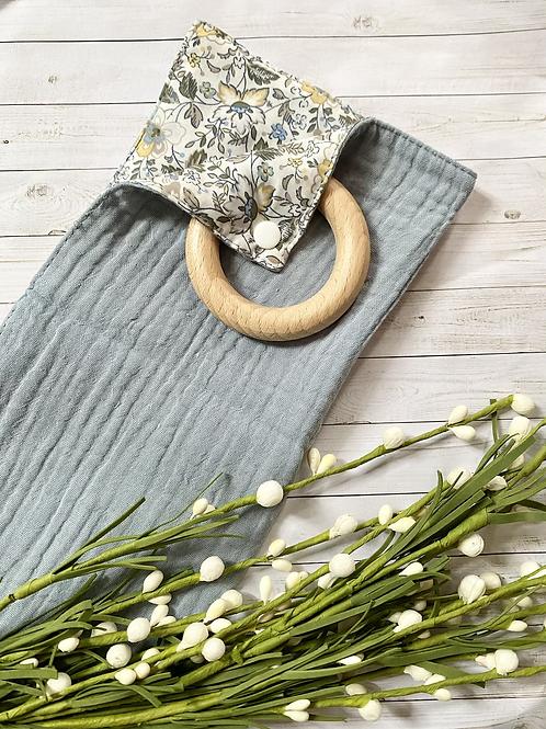 Grey Floral || Lovie