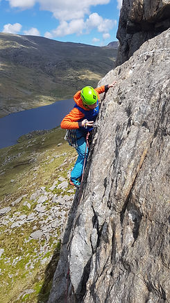 Learning to Trad Lead Climb in the Ogwen Valley, North Wales