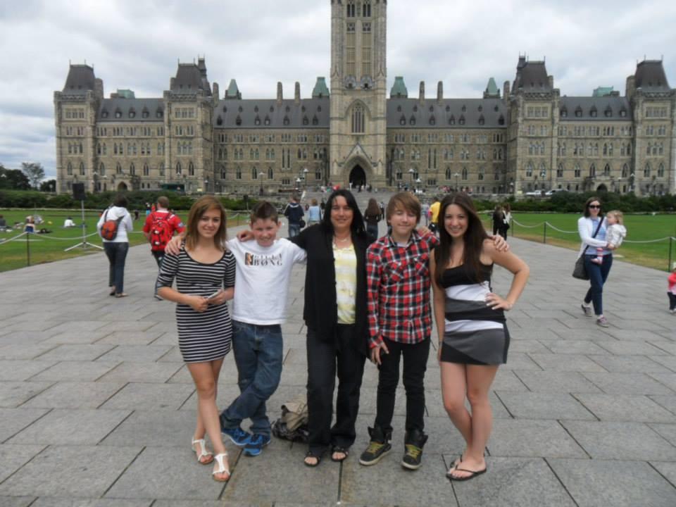 Acadie-Québec, CAJ St-Isidore, Le Parlement d'Ottawa.jpg