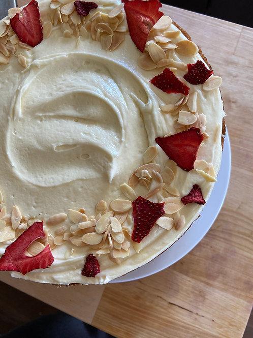 Vegan white spelt almond with strawberry & vanilla