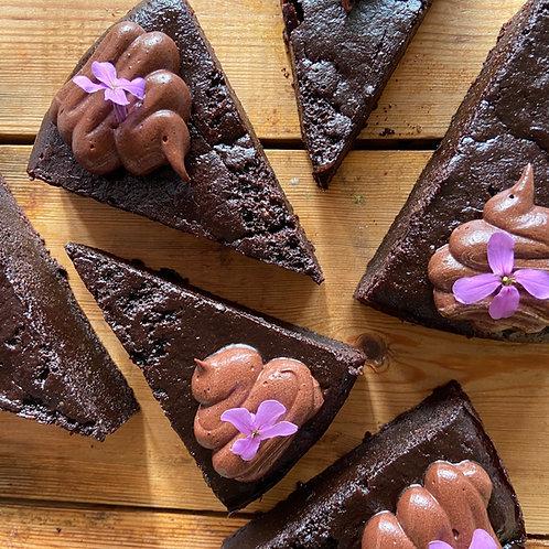 Vegan chocolate raspberry torte