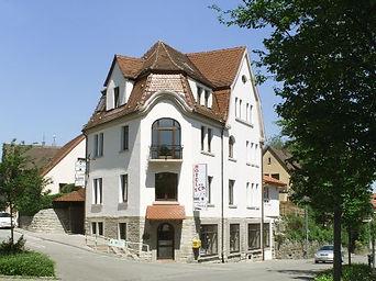 Hotel003.jpg