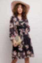 estee-brown-robe-cache-cur4-flowers-1.jp