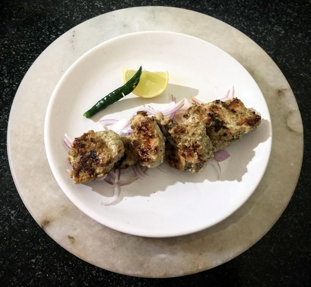 hariyali chicken kebab recipe, pahadi chicken recipe, indian recipe blog, mint chicken tikka recipe, easy chicken kebab recipe, whiskmixstir indian food blog, sheetal jandial, traditional indian recipes