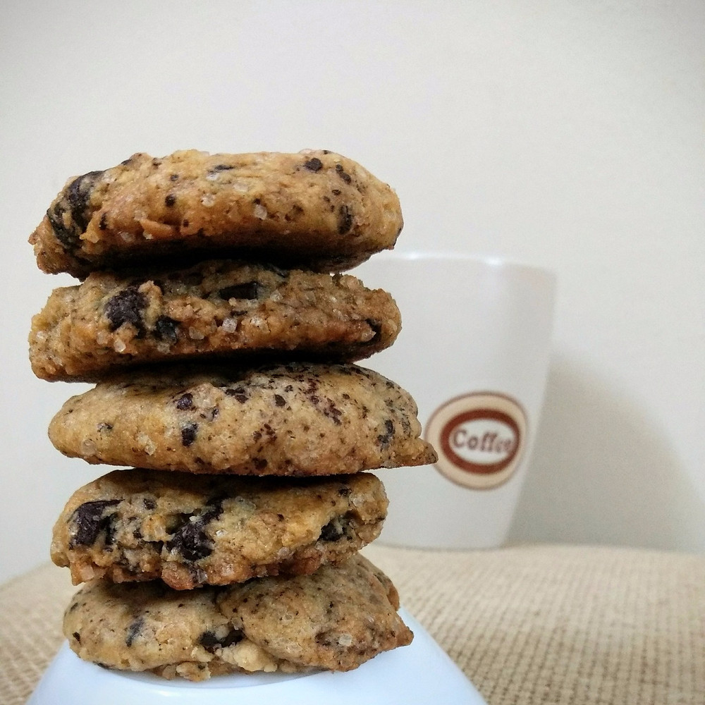 chocolate chunk / chip cookies, chocolate cookies recipe, baked desserts, whiskmixstir food blog, sheetal jandial