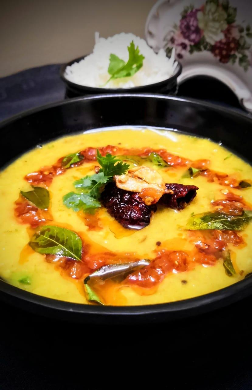 restaurant style toor dal tadka recipe, dal chawal recipe, punjabi toor dal tadka recipe, indian dinner mains recipes, homemade indian meal ideas, indian food recipe blog whiskmixstir, sheetal jandial