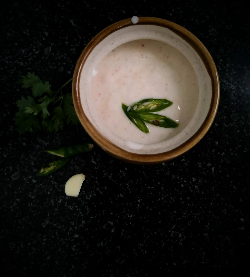 burani raita recipe, burhani raita recipe, biryani raita, indian recipe blog, garlic yoghurt dip, garlic raita, traditional indian recipe, whiskmixstir indian food recipe blog, sheetal jandial