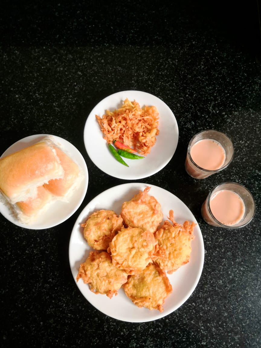 vada pav, batata vada recipe, vada pav recipe, aloo bonda recipe, whiskmixstir indian recipe blog, authentic indian food blog, sheetal jandial