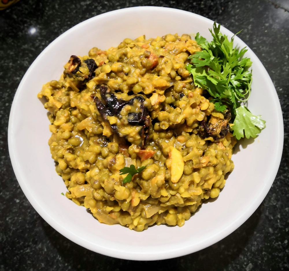 dry whole green moong dal recipe, green mung beans recipe, indian meal, indian recipe blog, traditional indian food recipe blog whiskmixstir, sheetal jandial