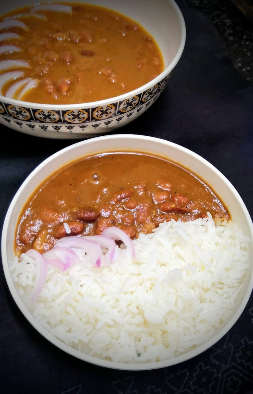 punjabi rajma masala recipe, north indian rajma chawal recipe, red kidney beans curry recipe, sirke wale pyaz pickled onions recipe, iron rich vegan vegetarian recipes, traditional indian food recipe blog whiskmixstir, authentic indian homestyle curry recipes, sheetal jandial
