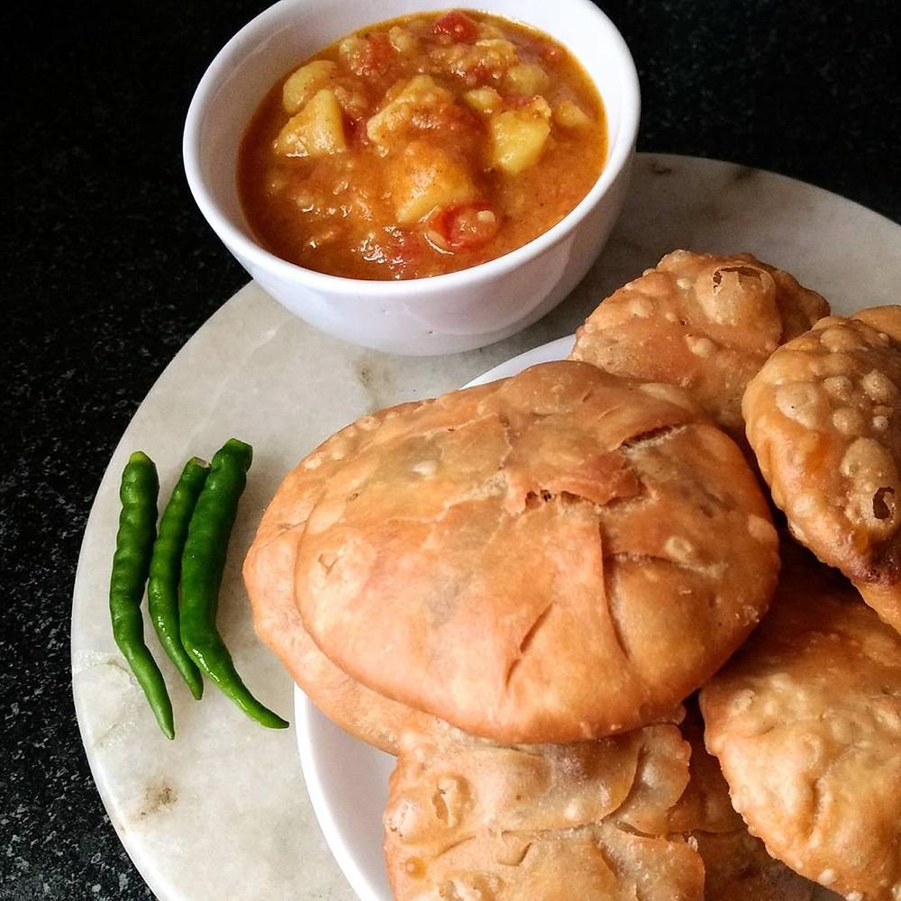 urad dal kachori recipe, raj kachori, indian recipe blog, traditional indian breakfast recipe, whiskmixstir food blog, sheetal jandial