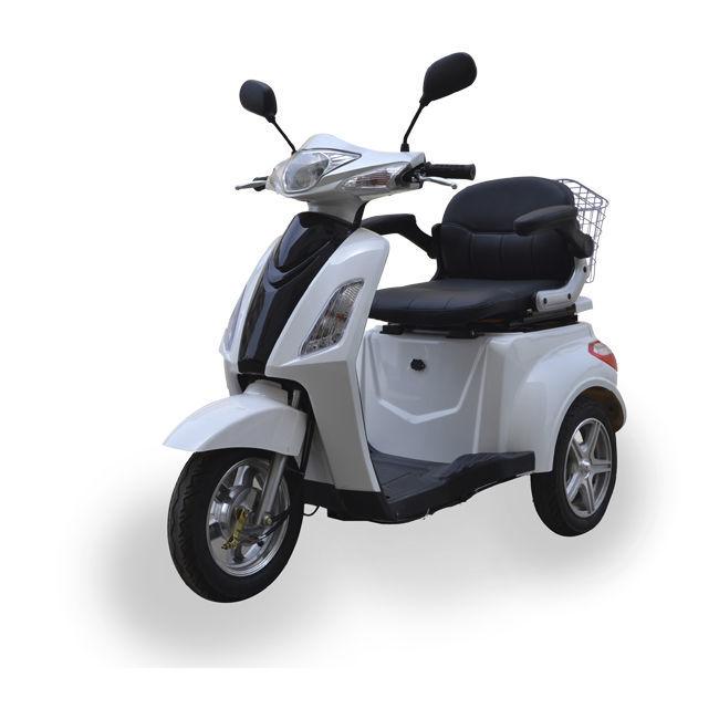 Carnet ciclomotor o del cotxe.