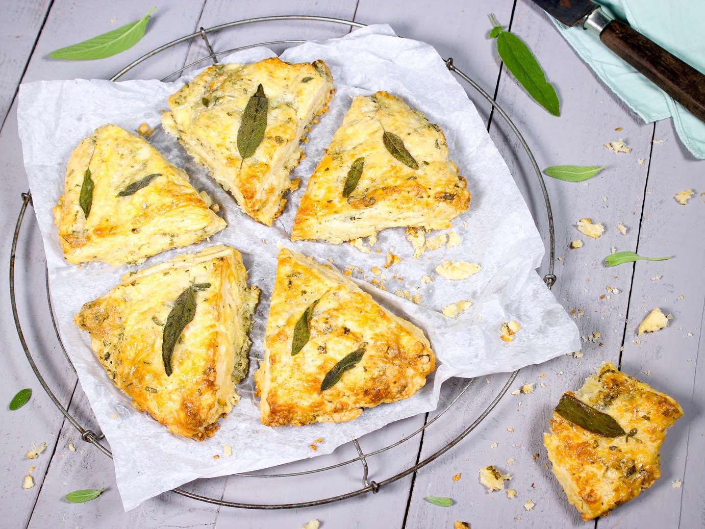 Scones mit Blue Cheese und Salbei
