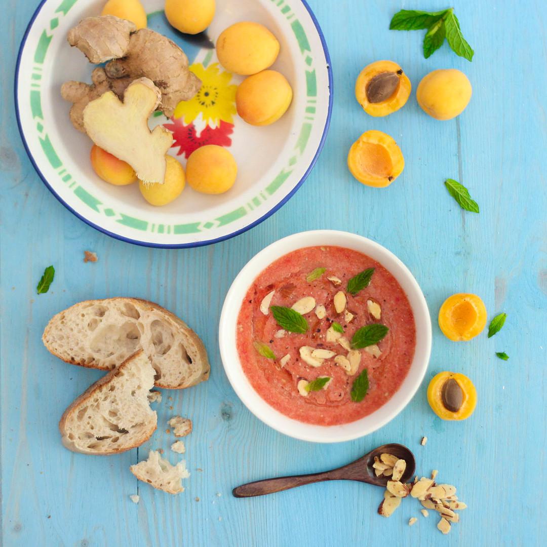 Aprikosen-Gazpacho mit Ingwer