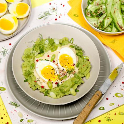 Eier in Senfsoße, Dill-Stampf & Gurken-Salat