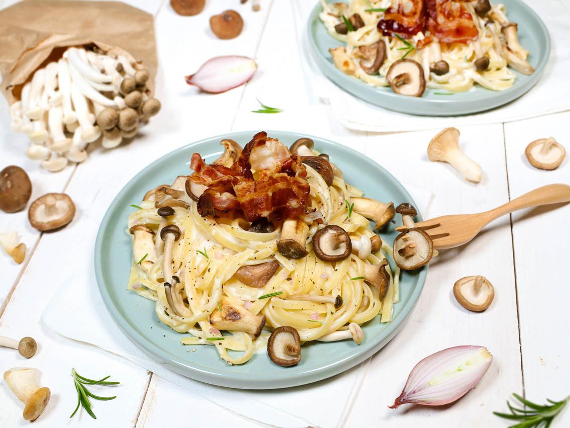 Pasta mit gemischten Pilzen, Rosmarin &