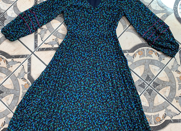 Blue print long sleeve spring dress