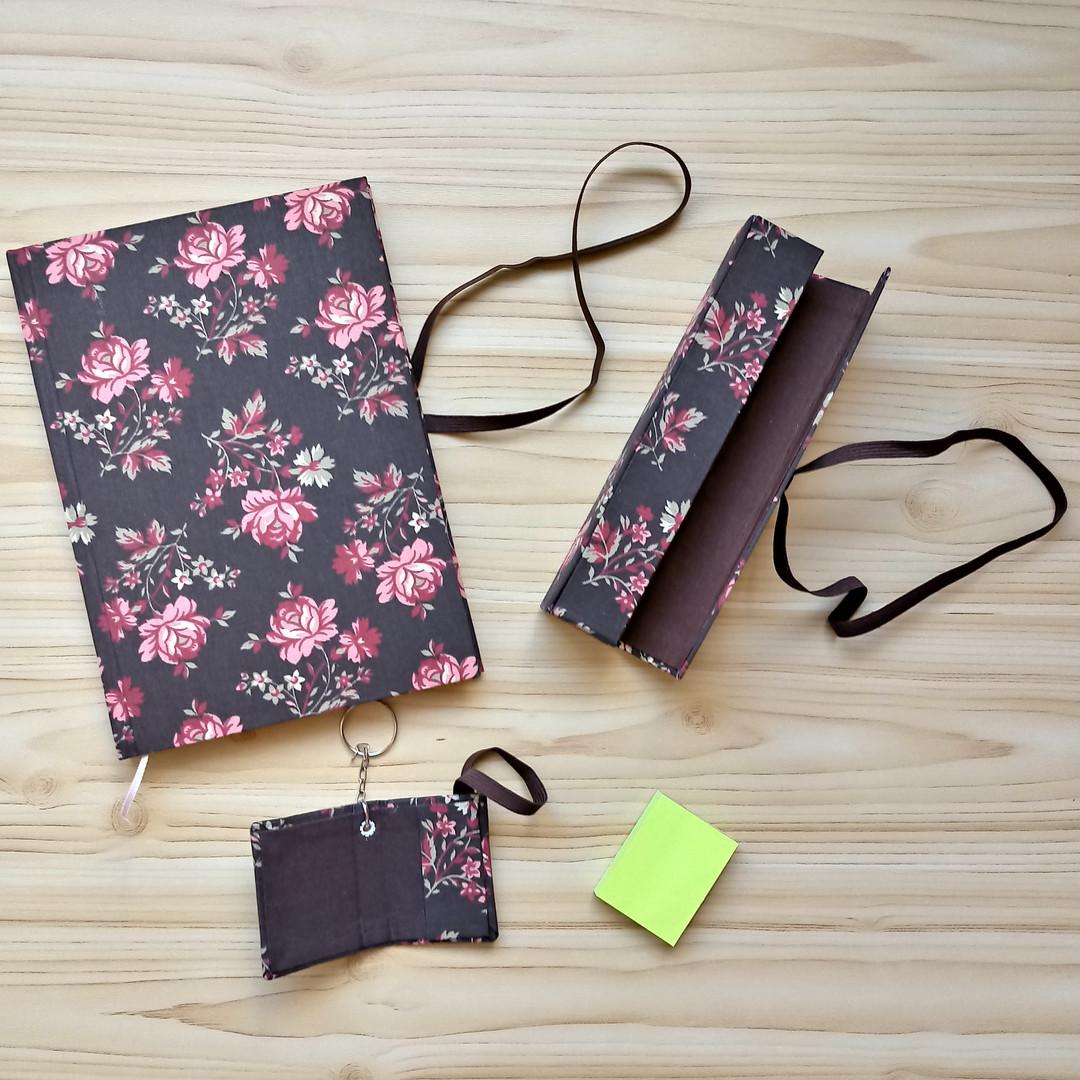Kit Floral Marrom