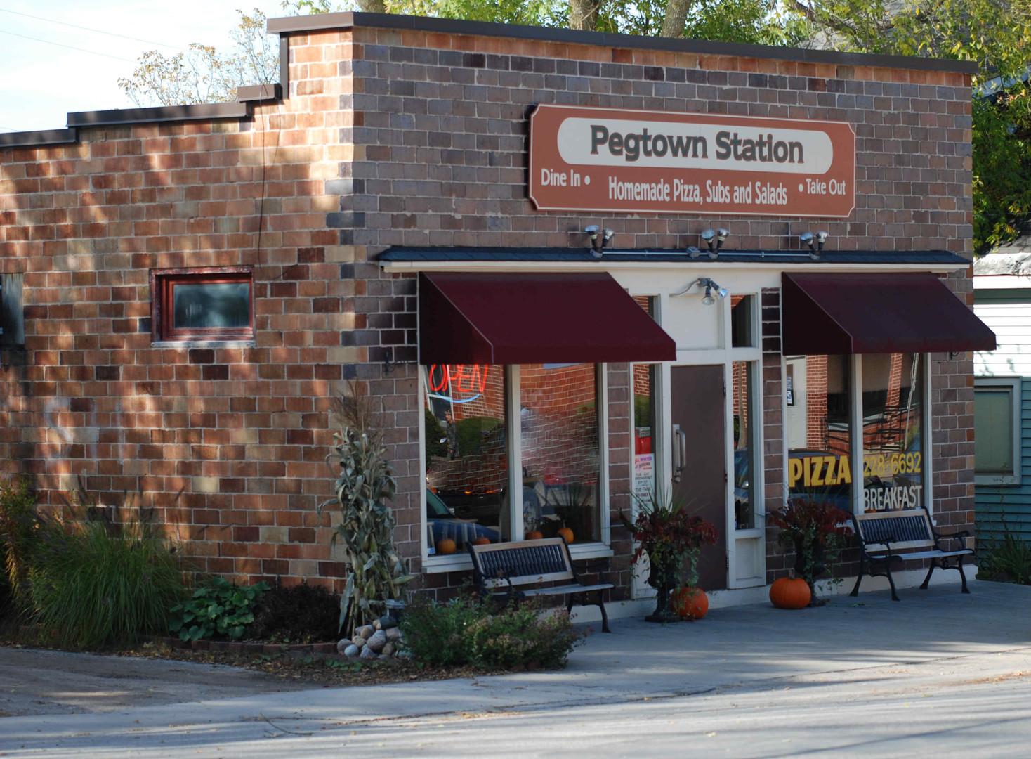 Pegtown Station - Maple City