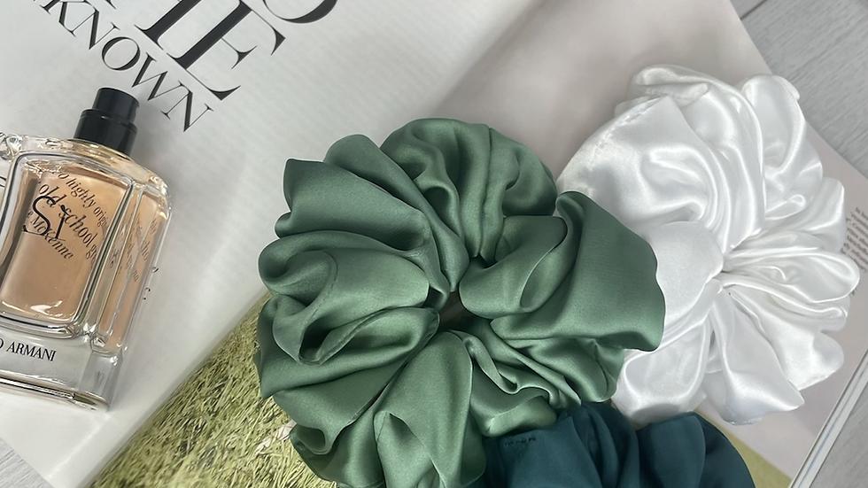Oversized Scrunchie