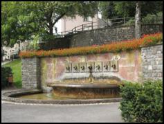 Fontaine à Septfontaines