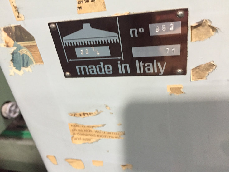 Pivano 32 1/4 inch (83 cm)  S/N 952 - 1957  - made in Italy - No Air bed