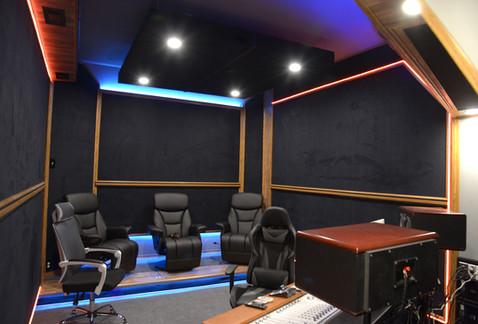 Studio B 3.jpg