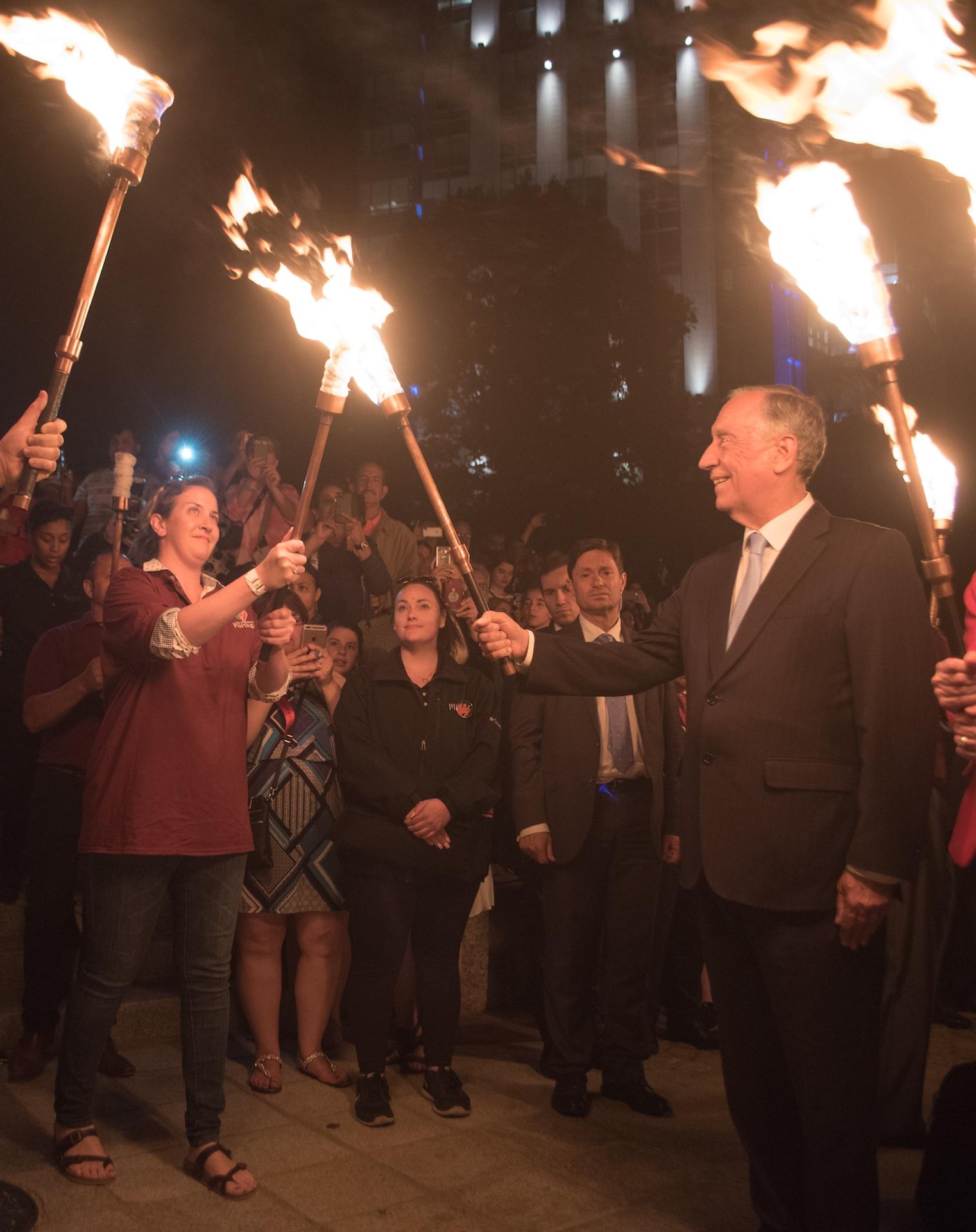portuguese-president-marcelo-rebelo-de-sousa-lights-the-torch-of-a-ri-day-of-portugal-representative