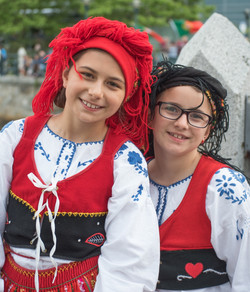 folkloric-dance-performers_40984418340_o