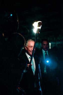 portuguese-president-marcelo-rebelo-de-sousa-helping-lead-the-way-to-the-alex-and-ani-city-center-du