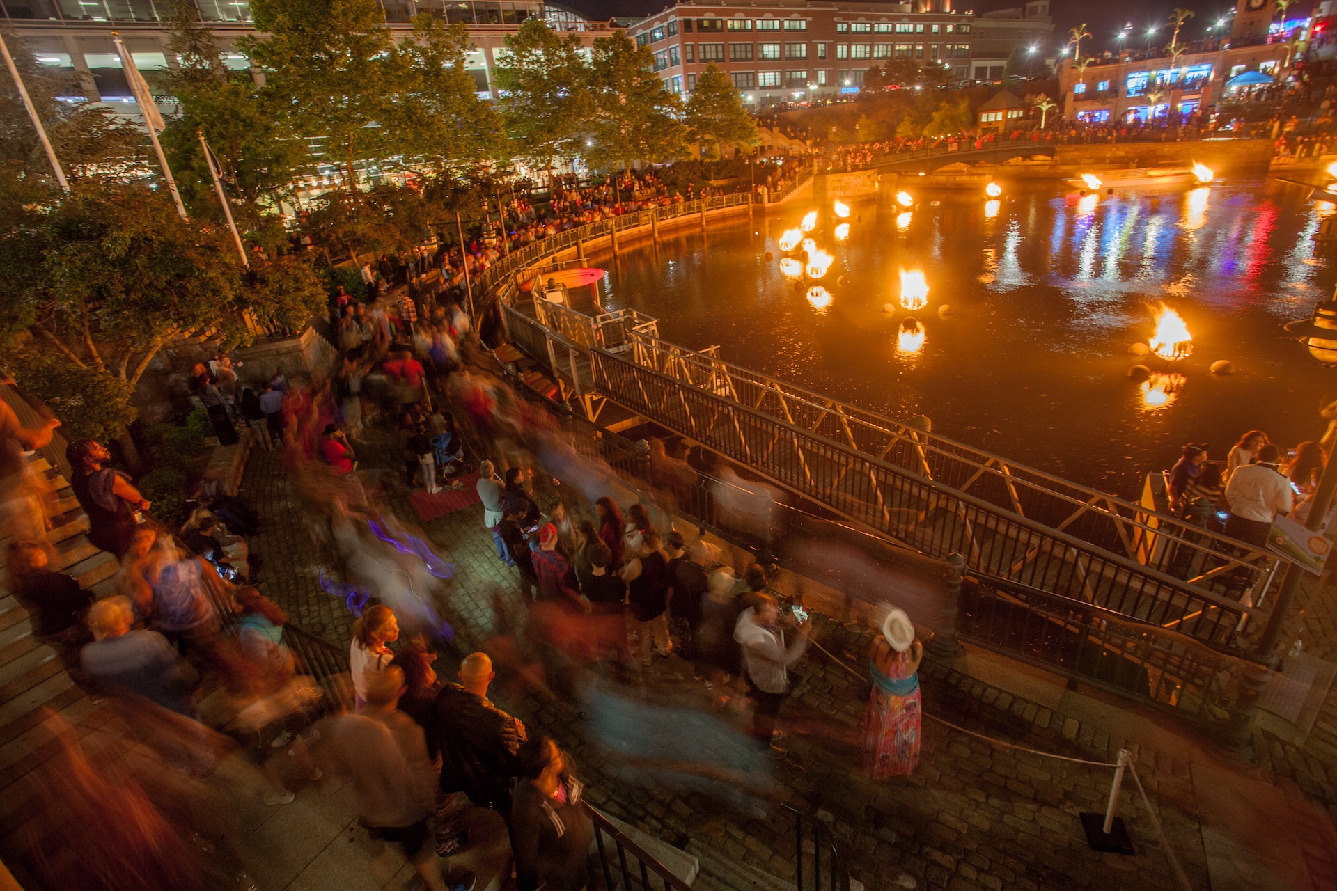 after-the-fires-are-lit-during-the-waterfire-basin-lighting-for-ri-day-of-portugal_27925820037_o