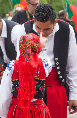 folkloric-dance-performers_40984419270_o