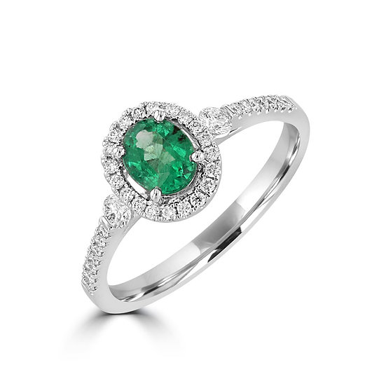 Oval Emerald Halo