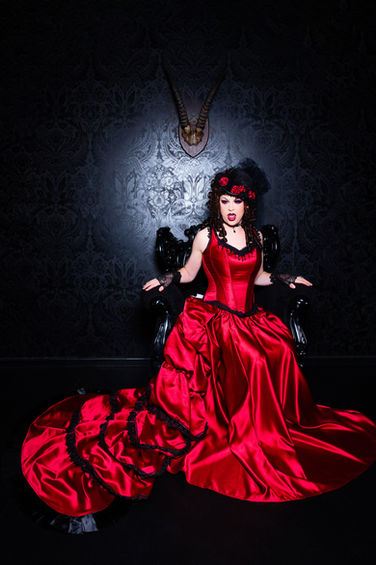 Victorian Vampirette, Madame of the House, 1852