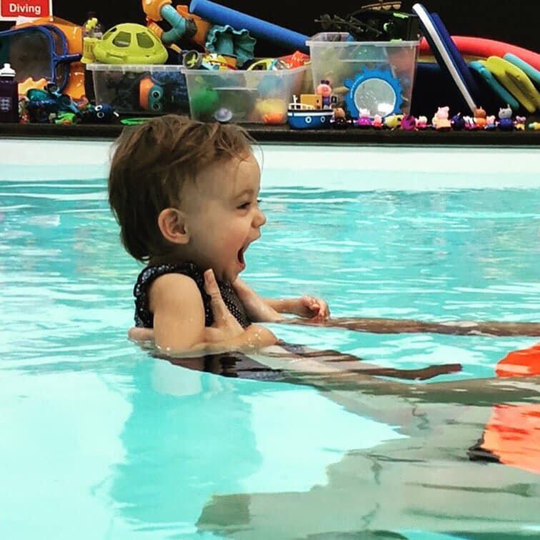 Mini Swimming Co. Lesson 6-12 Month