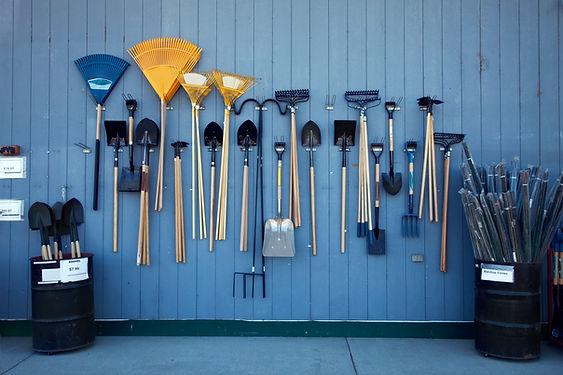 strumenti da giardinaggio