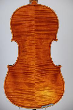 Modern violin 2.JPG
