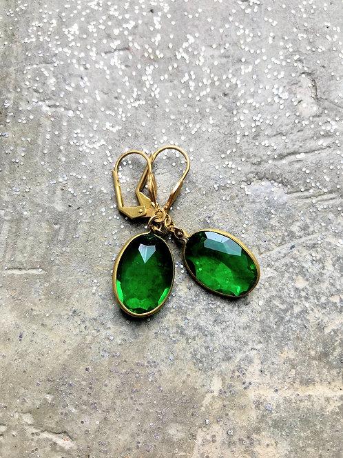Green Channel Set Oval Gems