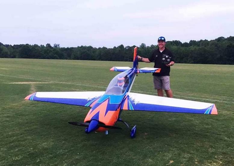 "Extreme Flight Extra 125"" V4 Blue/orange/white"