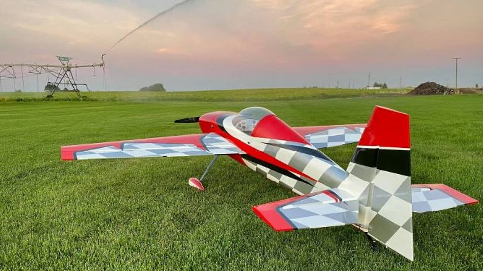 "Extreme Flight Slick 580 85"" red/white"