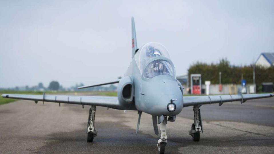 Hawk XXXL 1:2,5, 3,8m, full composite kit, white